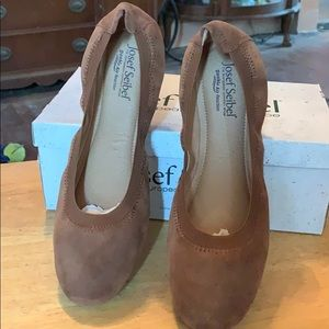 Brown suede Slip on shoes